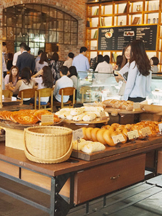 "The sweet flavor of sharing! A story of ""Good Bread"" with CJ Donors Camp and Tous Les Jours"