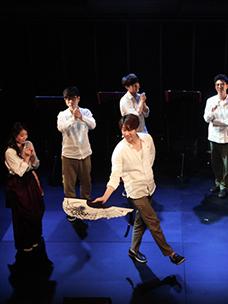 呀嚯!展开故事舞台的CJ azit大学路,音乐剧《板》公开彩排