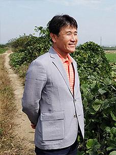 """季节饭桌的""""莲藕农夫""""金东宇,探访就像扎根于韩国土地的莲藕一样实在的""""莲花村"""""""