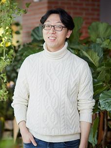 """创造了""""BBQ明火烤鸡""""的CJ CGV F&B事业组Lee Hong-cheol"""