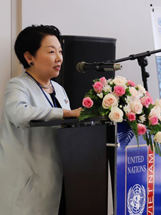 Min Heekyung, Director of CJ CheilJedang CSV Management, attending the kickoff ceremony for 'Project Girl's Education in Vietnam'
