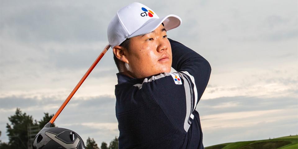 """Im Sung-Jae 两名选手同时出击世界瞩目的高尔夫赛事2019""""总统杯"""",CJ大韩通运的体育营销显现大势。"""