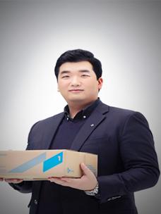 Yoon Han-deuk from CJ Logistics